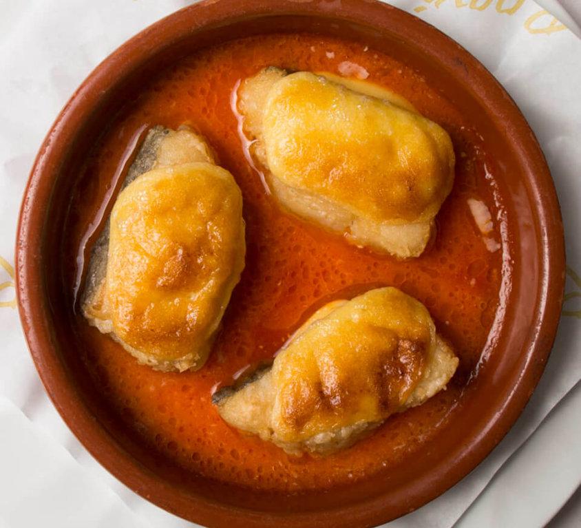 Bacallà Rocxi amb fons de tomàquet